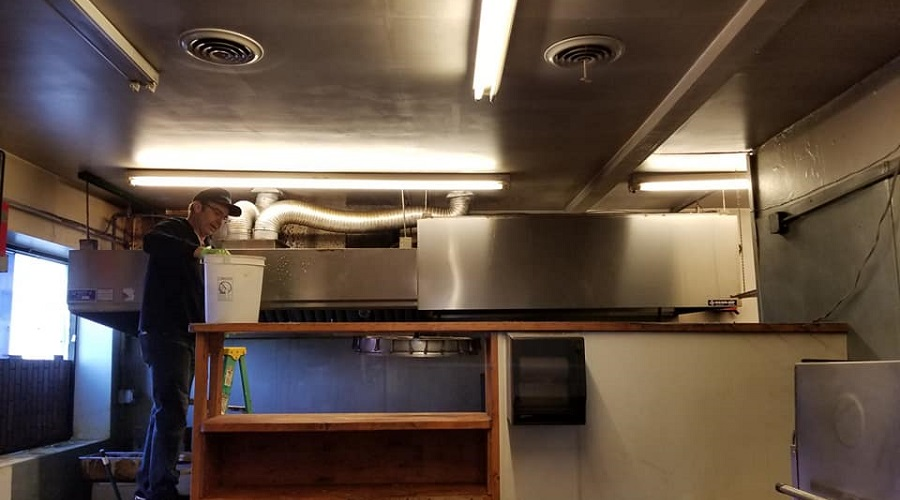 ductwork cleaning in commercial space
